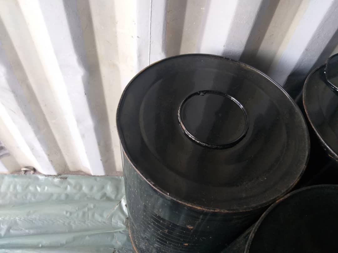 bitumen-drum-in-container